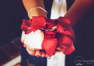petals-de-roses-du-bouquet-mariage