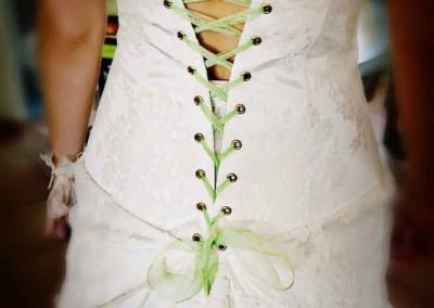 robe-de-mariage-avec-lacets